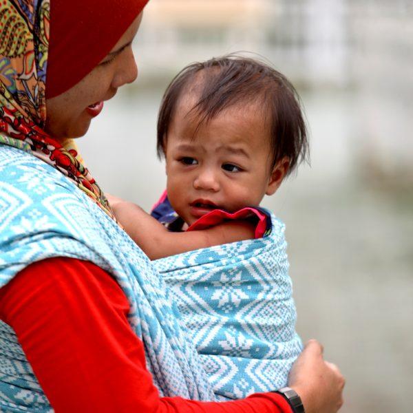 Daiesu Bubblegum Bamboo Woven Baby Wrap Daiesu